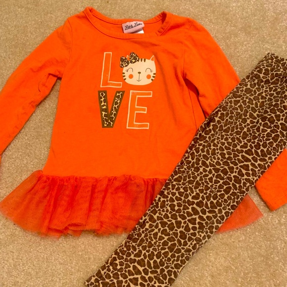 Little Lass Two-Piece Outfit, Size 3T